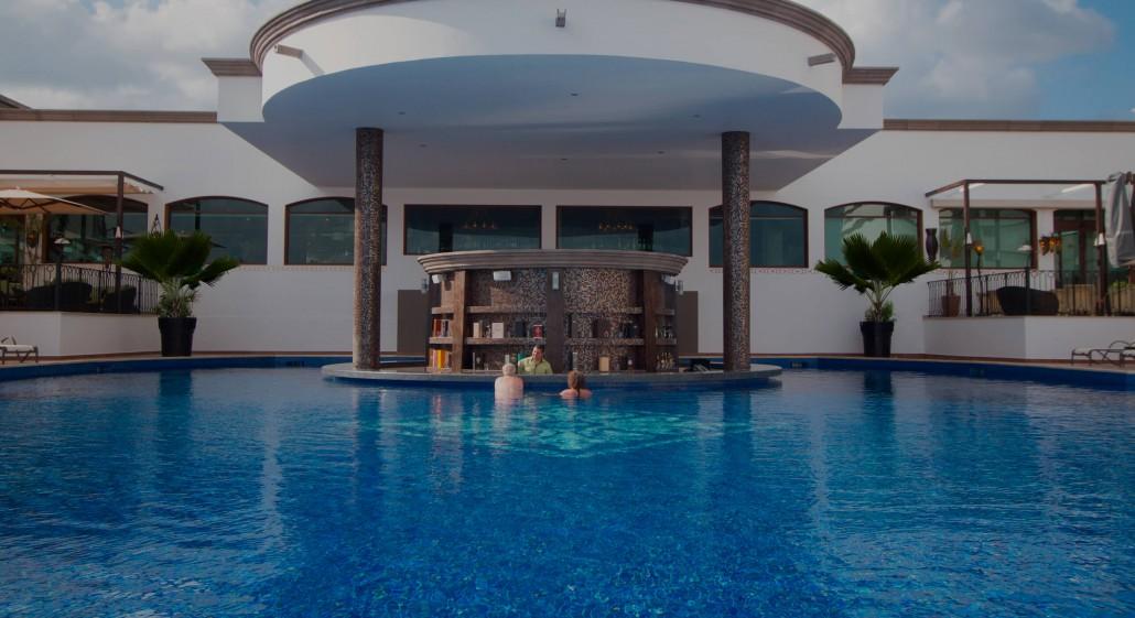 Grand Residences - Royal Resorts