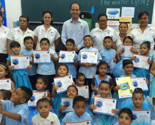 Mano Amiga School